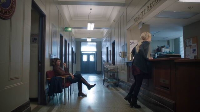 File:Once Upon a Time - 5x20 - Firebird - Cleo and Emma.jpg