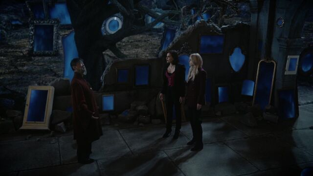 File:Once Upon a Time - 6x08 - I'll Be Your Mirror - Dragon, Regina and Emma.jpg