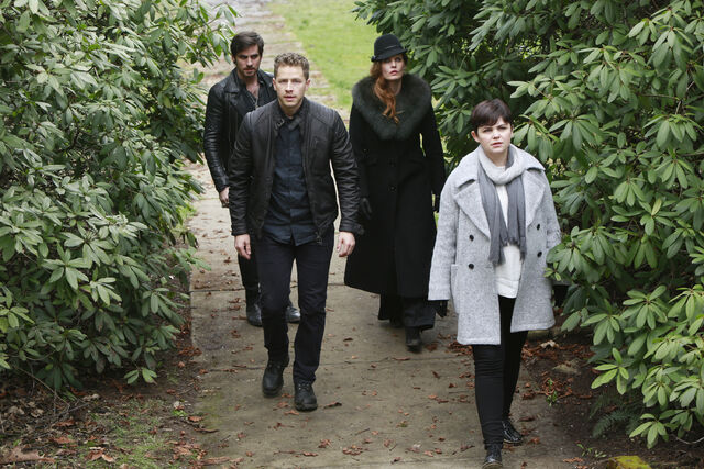 File:Once Upon a Time - 5x22 - Only You - Released Images - David, Hook, Zelena, Snow 2.jpg