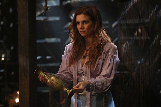 File:Once Upon a Time - 6x14 - A Wondrous Place - Photography - Ariel 2.jpg