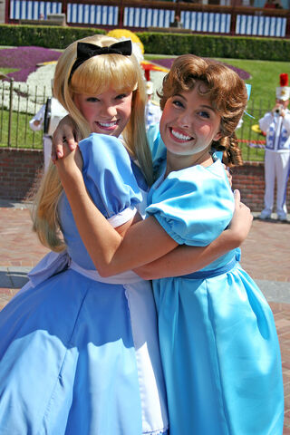 File:Alice and Wendy in Disneyland2.jpg