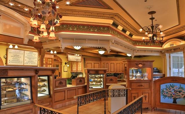File:Jolly Holiday Bakery Cafe Interior.jpg