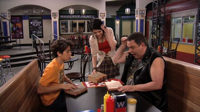 File:Wizards of Waverly Place - 3x17 - Dude Looks Like Shakira - Max and Uncle Kelbo.jpg
