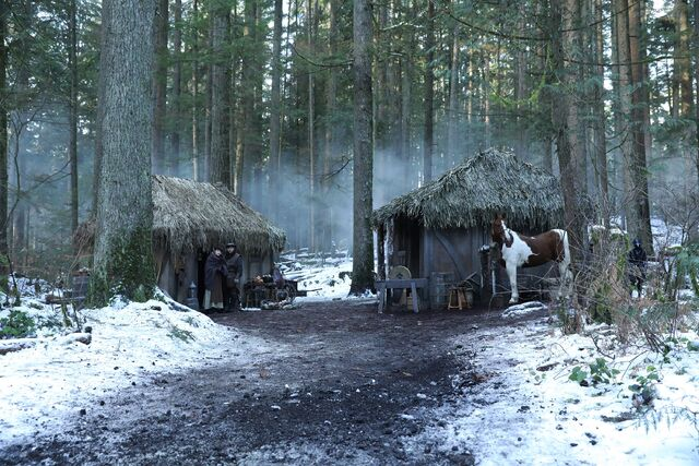 File:Once Upon a Time - 6x14 - Page 23 - Photography - Village.jpg