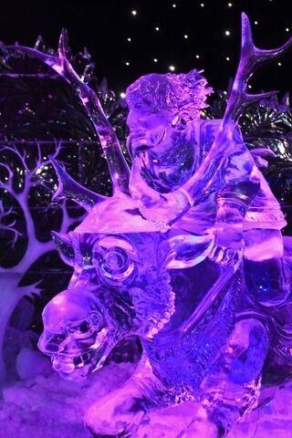 File:Sven and Kristoff ice sculpture.jpg