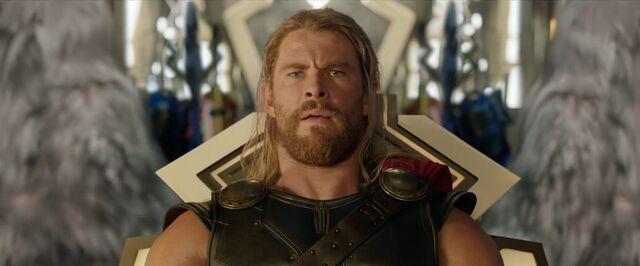 File:Thor Ragnarok 24.jpg