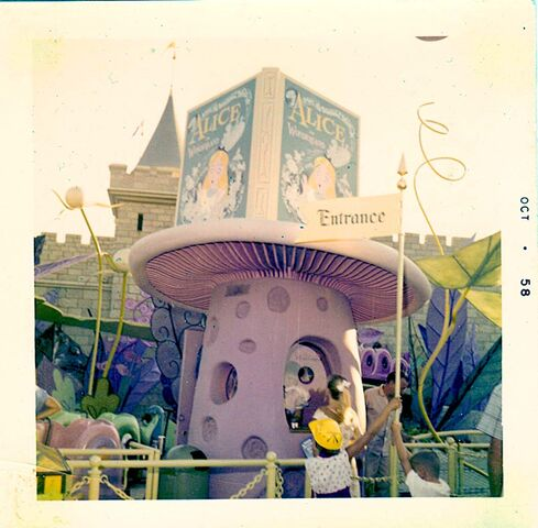 File:Oct58 alice ticket booth blog.jpg