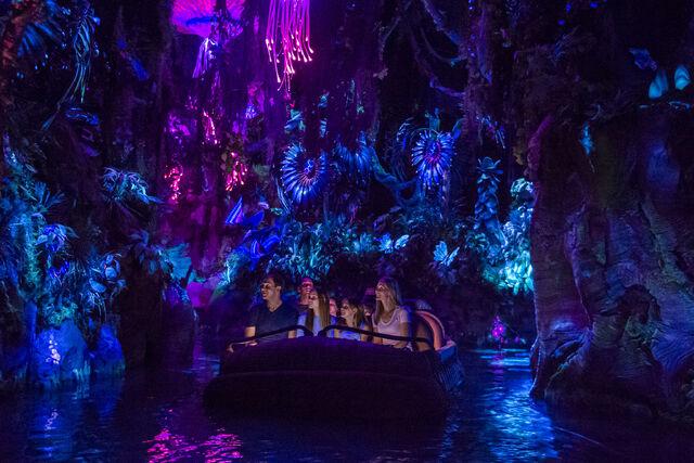 File:Na'vi River Journey.jpg