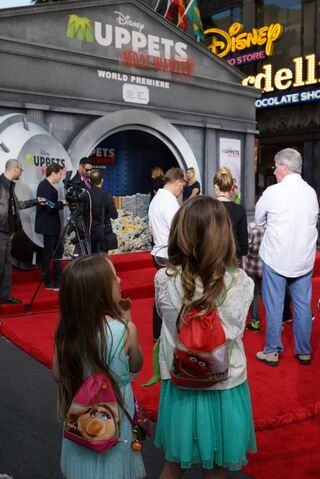 File:Muppets-most-wanted-world-premiere-14.jpg