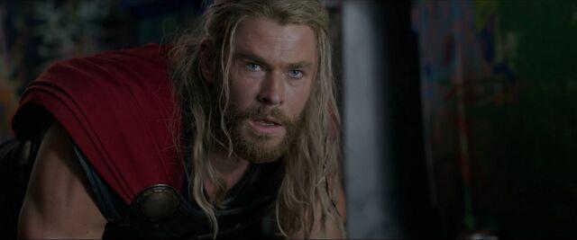 File:Thor Ragnarok 05.jpg