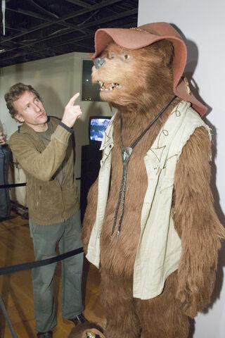 File:Brian Henson Country Bear exhibit.jpg