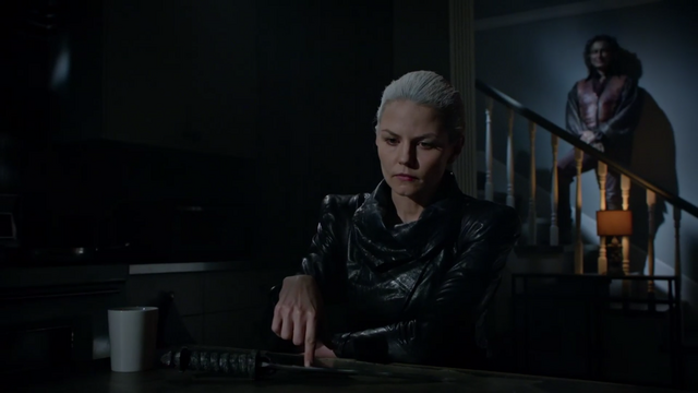 File:Once Upon a Time - 5x02 - The Price - Emma Alone.png