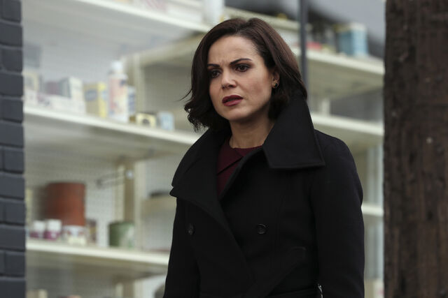File:Once Upon a Time - 6x12 - Murder Most Fowl - Photography - Regina.jpg