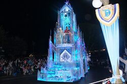 Paint the Night Parade Frozen