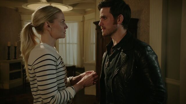 File:Once Upon a Time - 6x13 - Ill-Boding Patterns - Emma and Hook.jpg