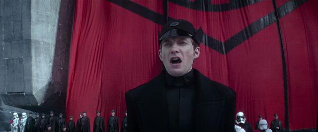 File:Sw-force-awakens-movie-screencaps.com-8028.jpg