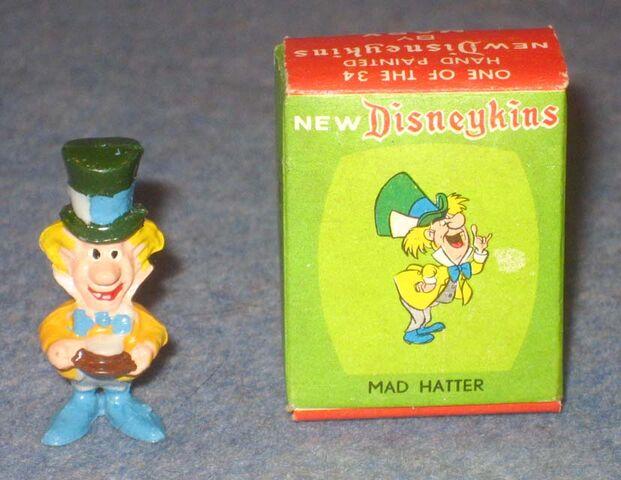 File:Marx mad hatter disneykin green box 640.jpg