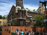 Muppet-Courtyard-Construction-2
