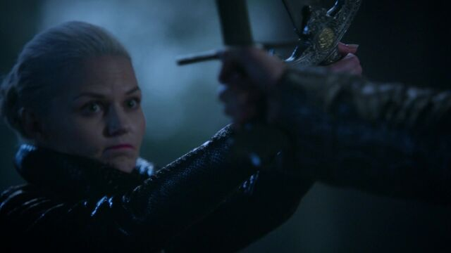 File:Once Upon a Time - 5x08 - Birth - Emma and Excalibur.jpg