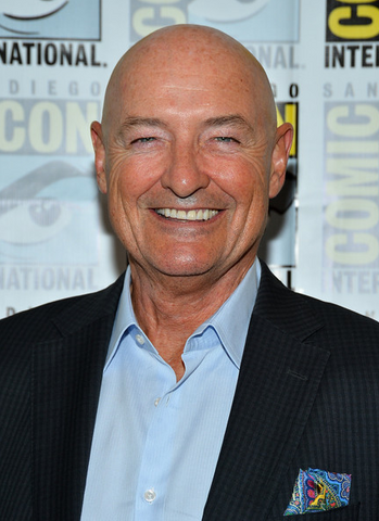 File:Terry O'Quinn.png