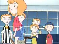 Makeover (The Weekenders) (6)