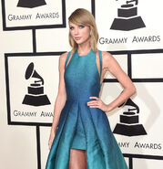 Taylor Swift, 25