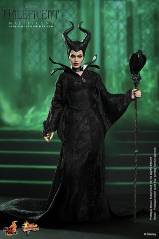 File:Hot toys - maleficent - maleficent collectible figure pr1 hd3n.jpg
