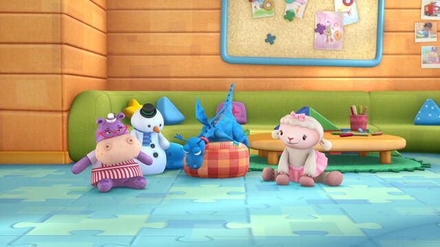 File:Four toy main characters4.jpg
