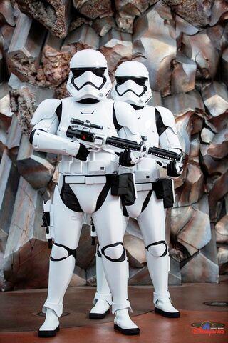 File:First Order Stormtroopers HKDL.jpg