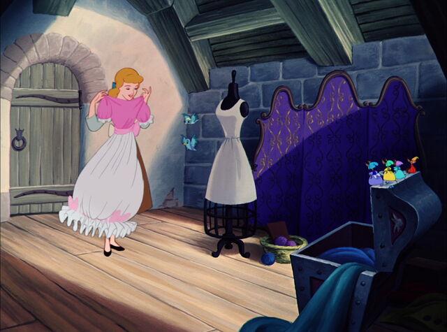 File:Cinderella-disneyscreencaps.com-3399.jpg