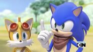 Sonic boom tails and sonic