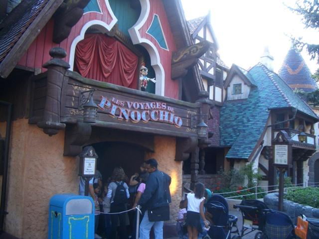 File:Les Voyages de Pinocchio.jpg