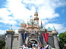 File:Disneylandpark.jpg
