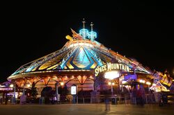 Space-mountain-mission-2