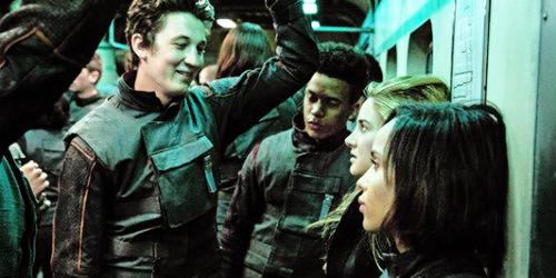 File:Divergent-dauntlesstrain.png