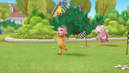 Tessie runs through the finish line