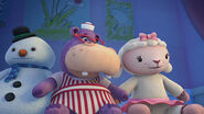 Chilly, hallie and lambie in let the nightingale sing
