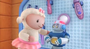 Lambie and robot ray