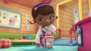 Doc-McStuffins-Season-2-Episode-8-Disco-Dress-Up-Daisy--The-Glider-Brothers