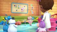 Doc-McStuffins-Season-1-Episode-14-Break-Dancer--Bubble-Monkey