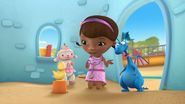 Doc McStuffins - S01E21 - To Squeak, or Not to Squeak 56