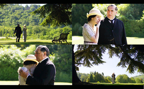 File:Downton Abbey Lady Mary and Mr. Carson garden party 1914.jpg