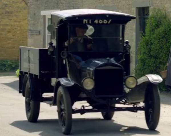 File:Truck2S1E1.png