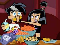 S03M04 Sam silences Danny with corndog