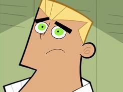 S01e02 Danny overshadowing Dash