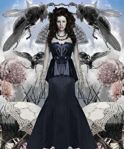 File:Draculanbc-Mina-Murray-Ilona.jpg