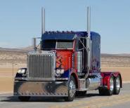 Optimus Prime 18-wheeler