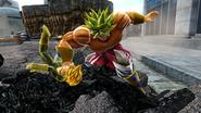 Broly Gigantic Spike Zenkai Royale