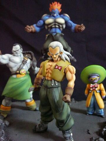 File:Android 13 14 15 statue set a.jpg