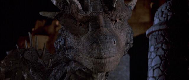 File:Dragonheart Draco2.jpg